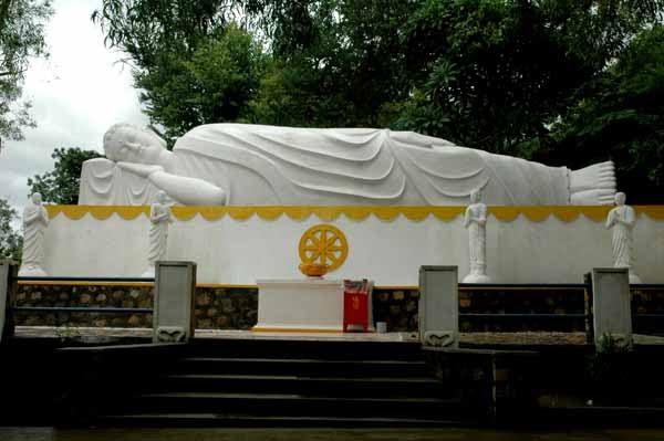 Vietnam reclining Buddha
