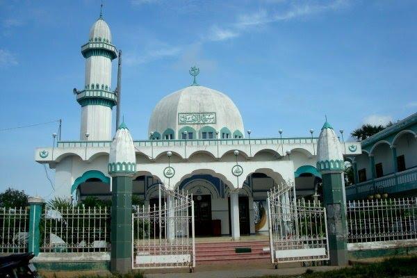 Thánh đường Hồi giáo ở xóm cầu Mương Chà. Ảnh: Phương Kiều